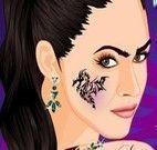 Maquiar e tatuar garota