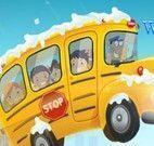 Dirigir e estacionar carro escolar