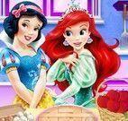 Ariel e Branca de Neve torta de maçã