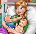 Anna parto de gêmeos