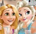 Elsa e Rapunzel selfie
