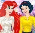 Branca de neve e Ariel vestir