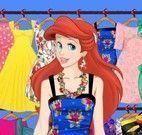 Pequena Sereia vestir roupas de verão