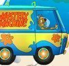 Scooby Doo dirigir caminhão