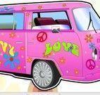Princesas hippie lavar carro