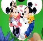 Montar quebra cabeça do Mickey e Minnie