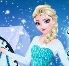 Vestir e maquiar Elsa no cavalo