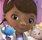 Decorar quarto da Doutora Brinquedos