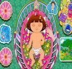 Babá da bebê Dora