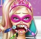 Super Barbie no dentista