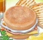 Fazer sanduíche de queijo, ovo e presunto
