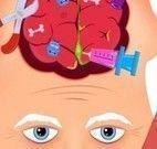 Cirurgia na cabeça do vovô