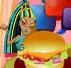 Preparar hamburguer com as monster high