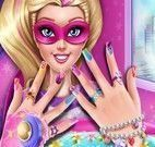 Super Barbie spa das unhas