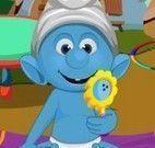 Cuidar do bebê Smurf