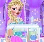Elsa costureira