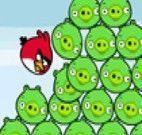 Angry Birds derrubando porquinhos