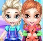 Lavar brinquedos da Elsa e Anna