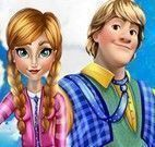 Anna e Kristoff beijar
