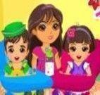 Bebês gêmeos cuidados pela Dora