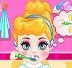 Cinderela bebê banho e vestir