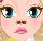 Cuidar do nariz da garotinha