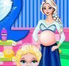 Grávida Elsa banho na bebê