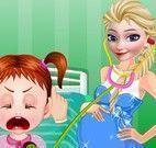Elsa grávida cuidar da bebê