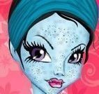 Limpeza de pele da Abbey Monster High