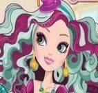 Maquiar Madeline Ever After High