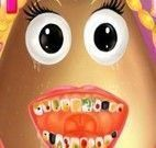 Dentista da Pou menina