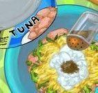 Prepara enroladinho de atum e legumes